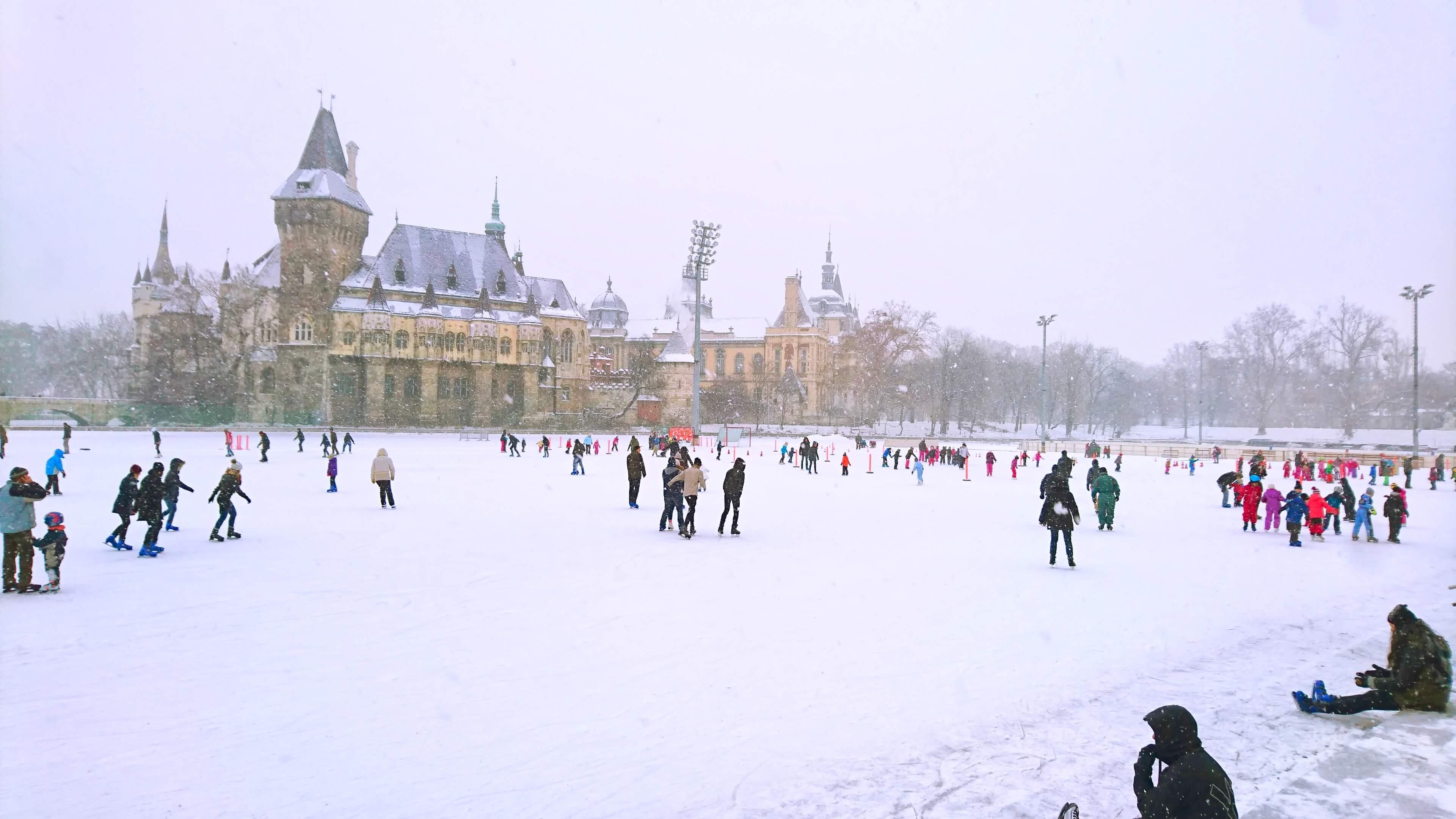 ice skaring, ice skating rink, budapest, snow, ice, castle, budapest city park