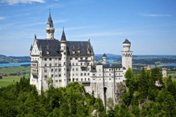 Europe on a budget, neuschwanstein, munich, castle, summer
