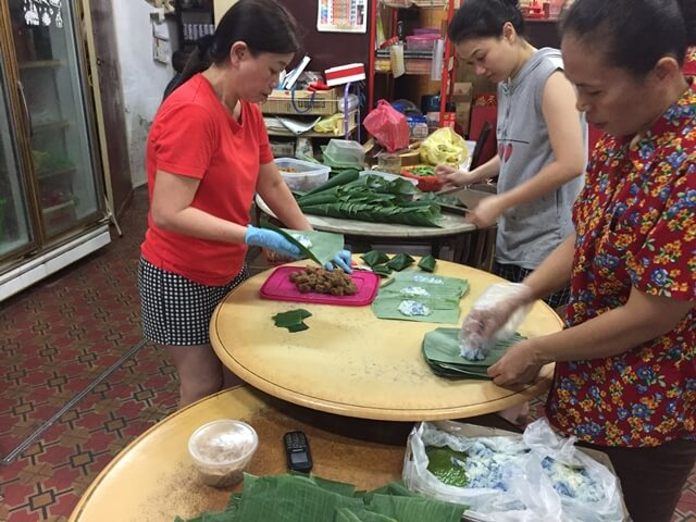 ladies, making kuih, malaysia, malaysian, traditional cakes, penang food tour