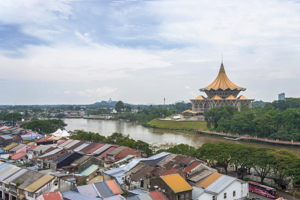 kuching, small town, sarawak, orang utan, borneo