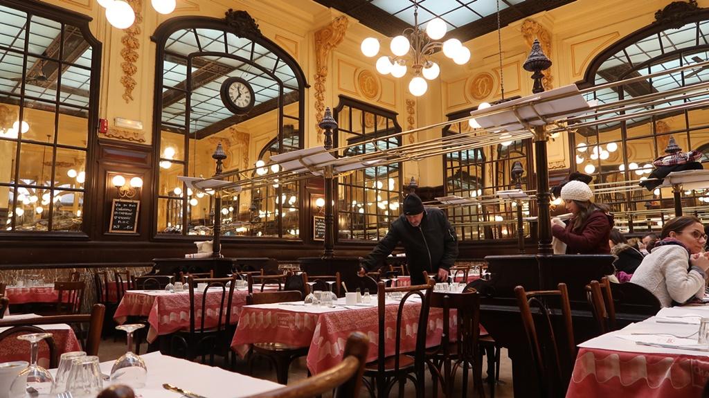 Bouillon chartier, french brasserie