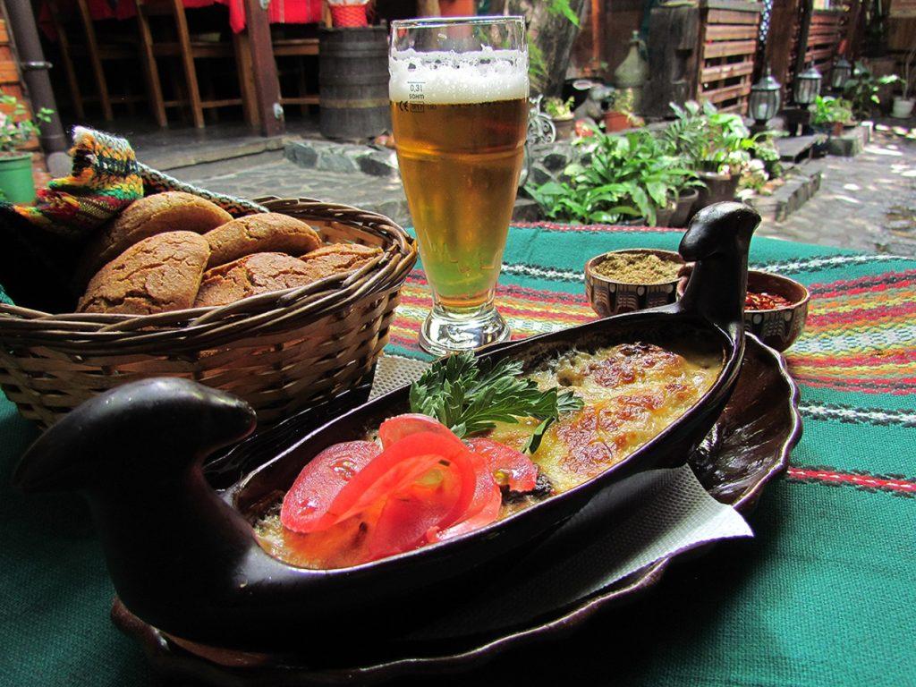 restaurant in sofia, sofia, bulgarian food, mamin kolyo