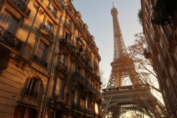 Living in Paris, expats, parisian life, france, eiffel tower