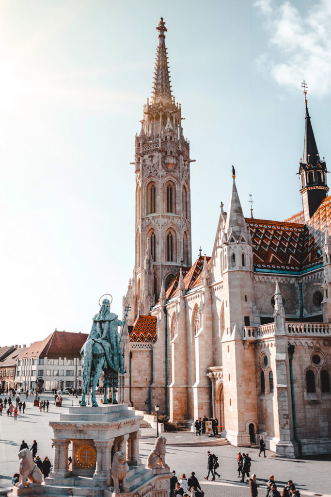 what to do in budapest in 2 days matthias church