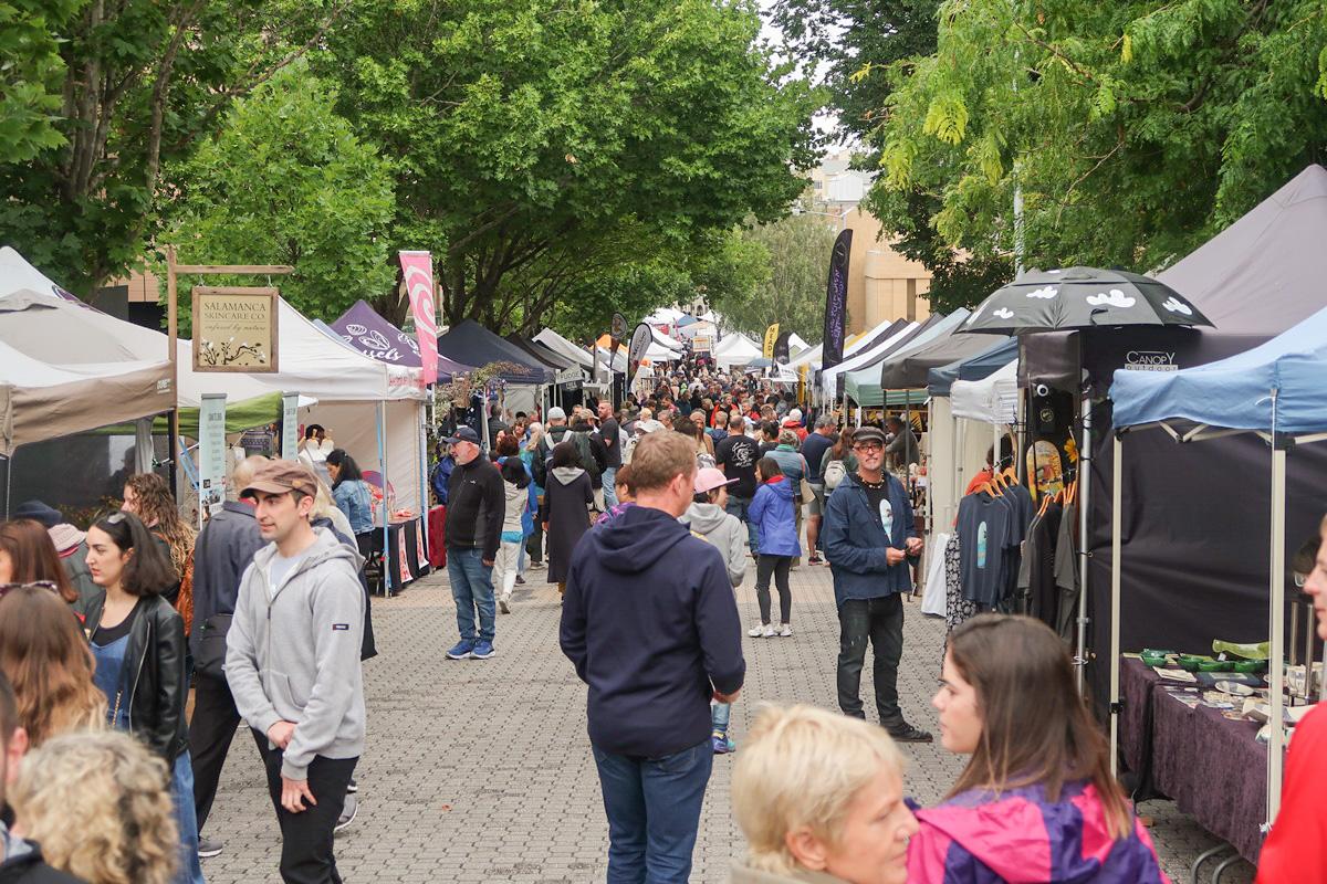 Salamanca market crowd hobart australia stall crowded