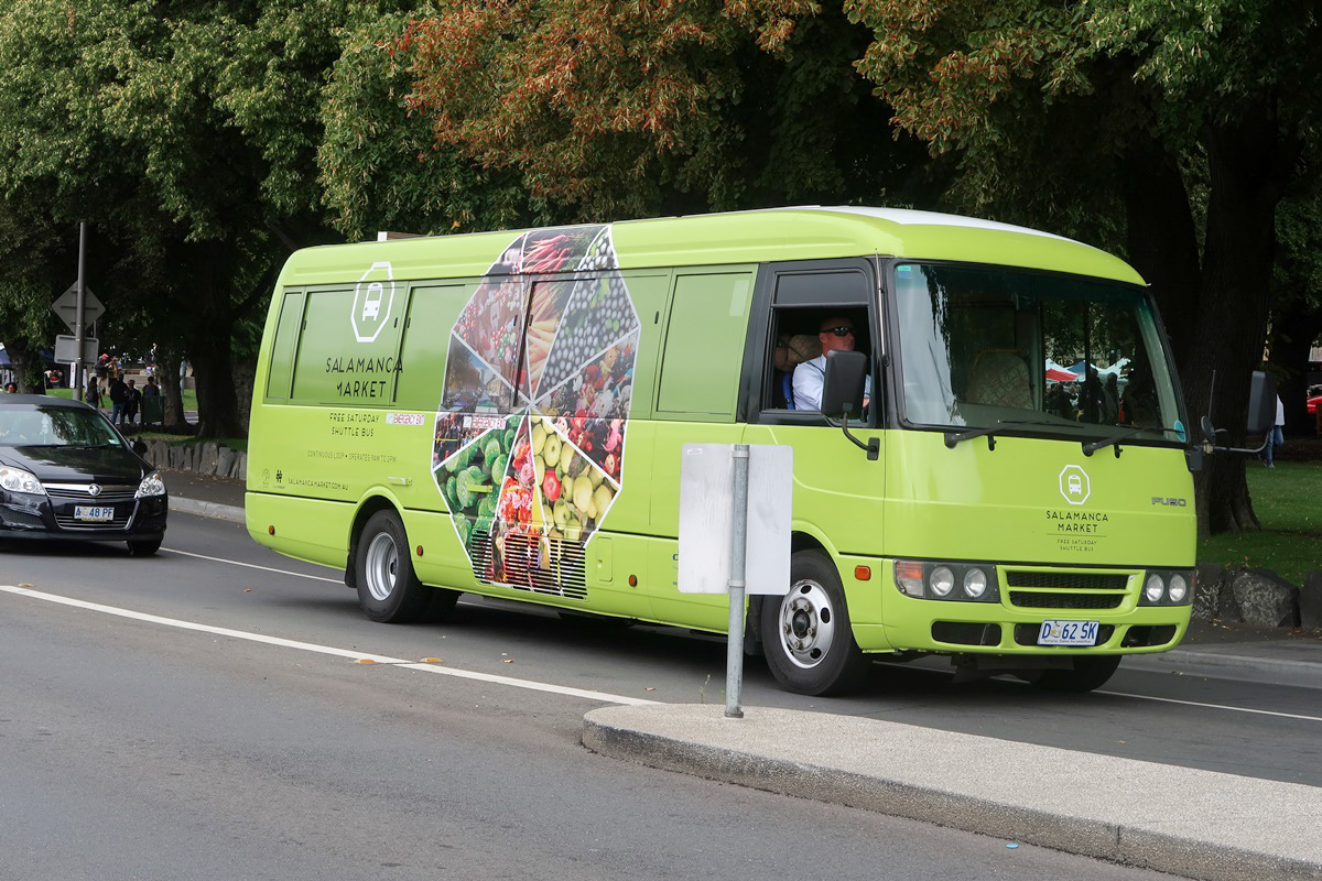 shuttle bus green salamanca market hobart australia