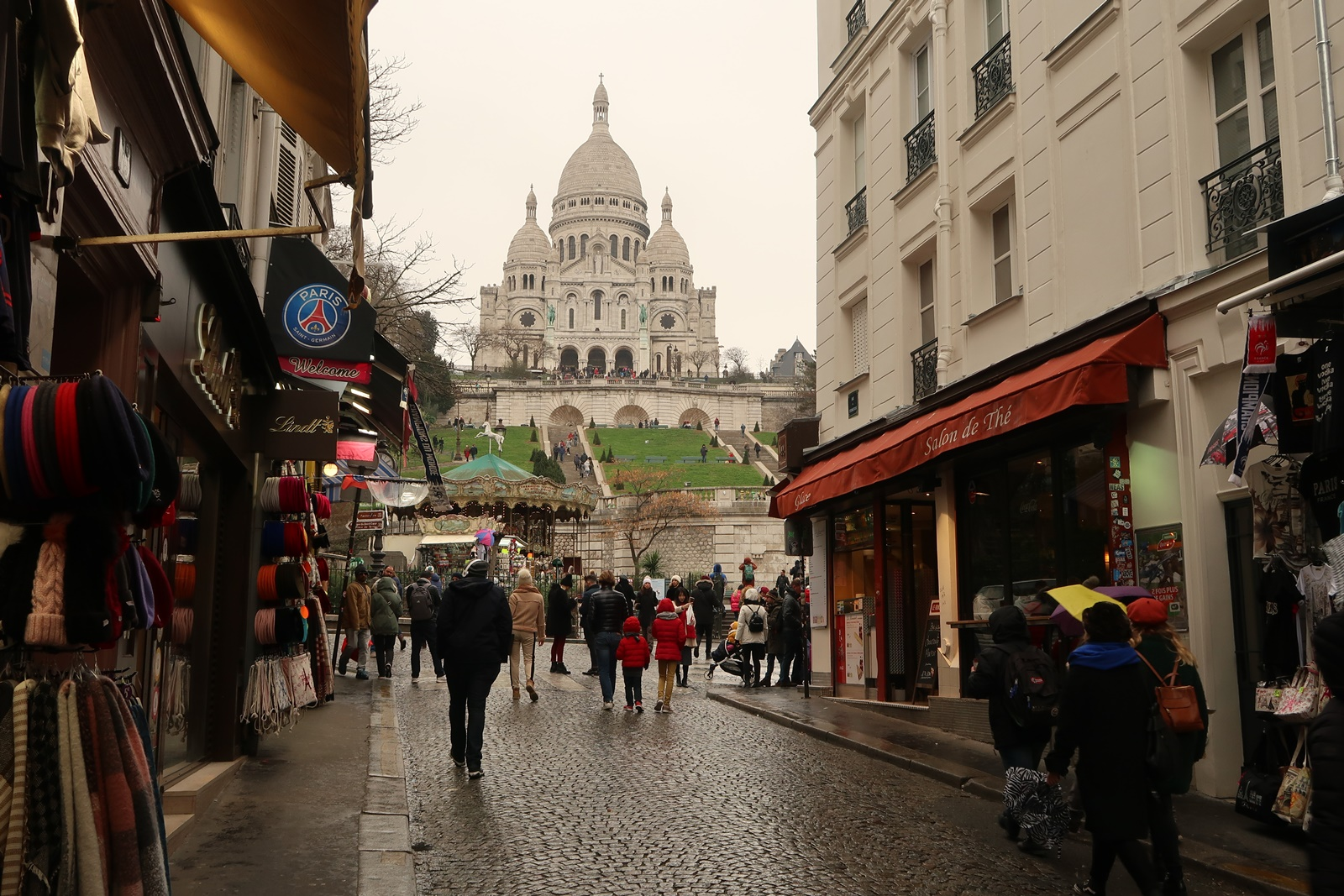 montmartre sacre coeur sacred heart paris france attraction 2 days in paris
