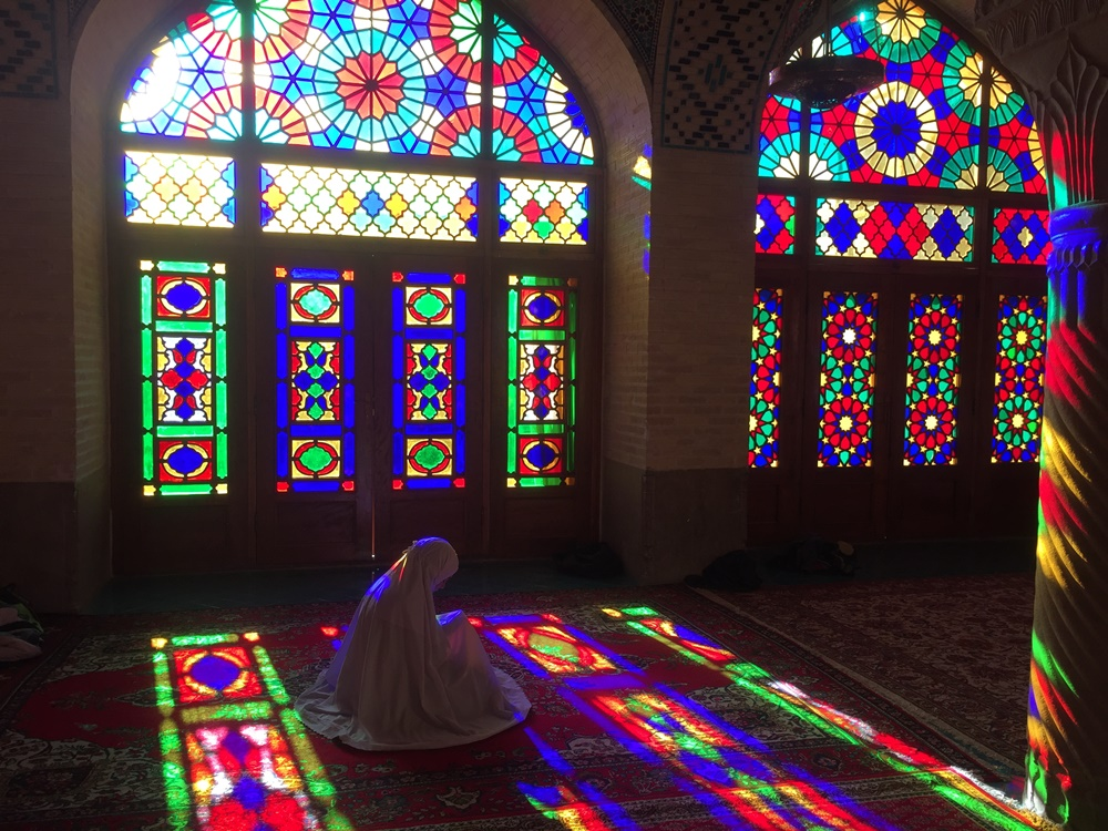Nasr Al molk mosque shiraz prayer muslim iran travel colourful glass